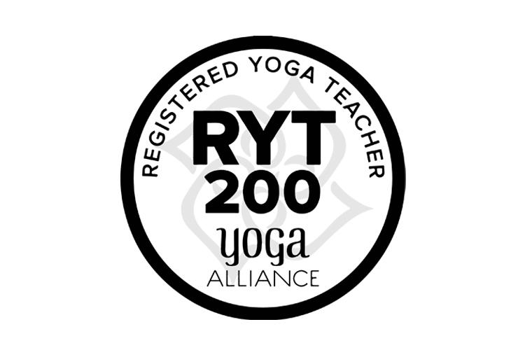 RYT200ロゴ