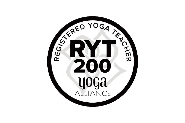 RYT200とは、全米ヨガアライアンスに登録している先生