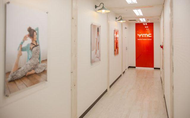 YMC大阪・梅田校で取得できるヨガ資格は?