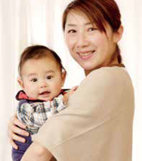 スキンシップで赤ちゃんも親も幸せに!
