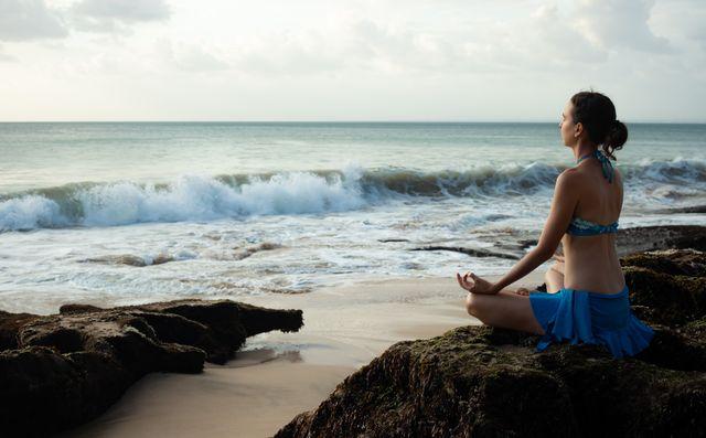 ストレス解消できる腹式呼吸で一瞬でリラックス