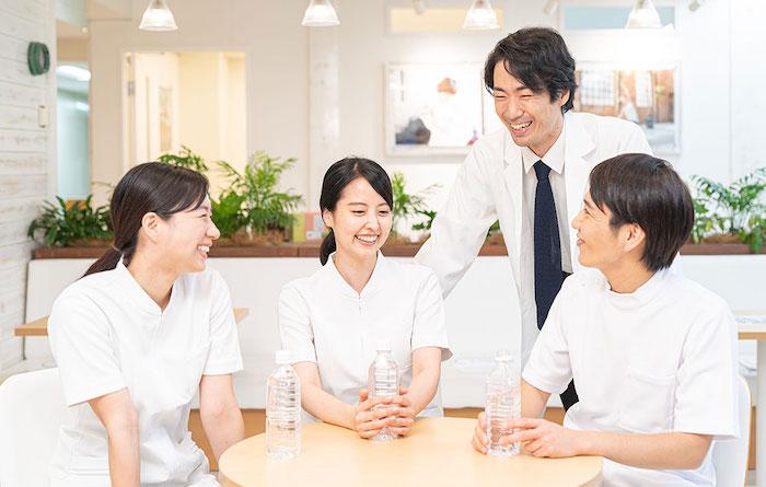 YMC東京・新宿校で整体師資格を取得しよう!