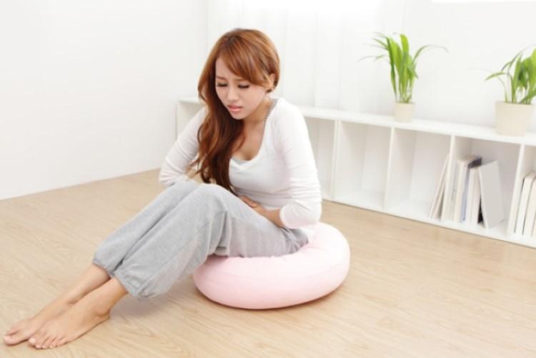 生理痛がひどい方へ…少しでも和らげるための呼吸法とリラックスヨガ