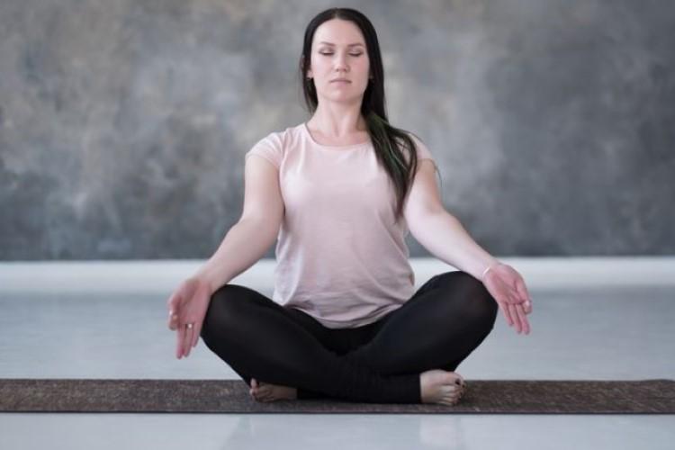 オンライン瞑想サービス3選!自宅でできる本格瞑想でスッキリ
